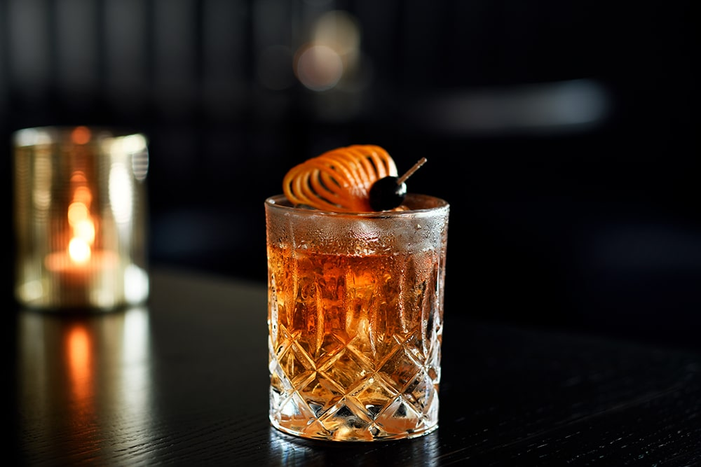 Old-Fashioned-Cocktail-Columbus-Monte-Carlo