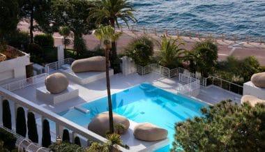 Swimming-Pool-Columbus-Monte-Carlo